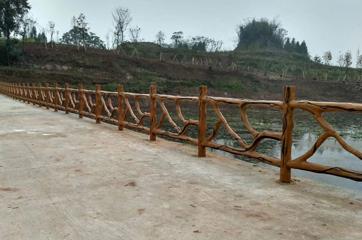 仿树护栏模具工程应用案例