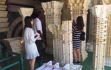 罗马柱模具和仿石漆更搭